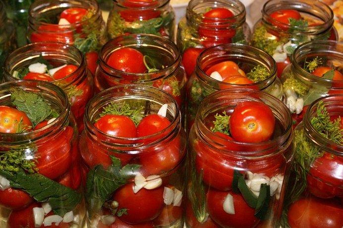 Консервирование помидоровы на зиму