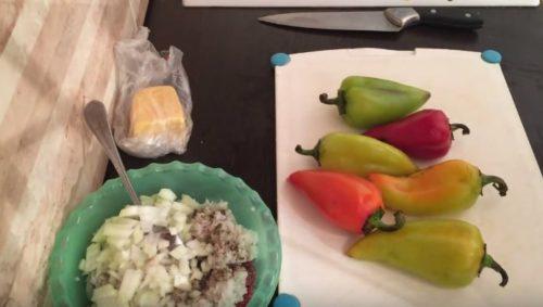 Перец в духовке с фаршем