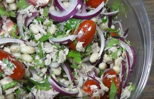 Салат из тунца с фасолью