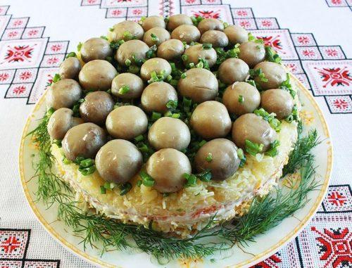 Салат с грибами простой и вкусный