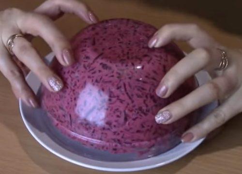 Салат из вареной свеклы с сыром