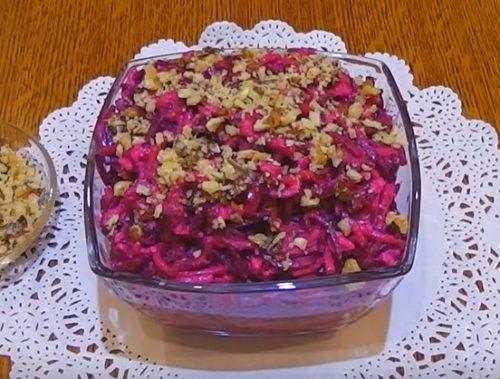 Салат со свеклой и грушей