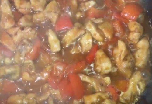 Курица в кисло-сладком соусе бальзамико