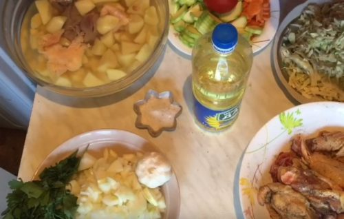 Овощное рагу с картофелем и курицей