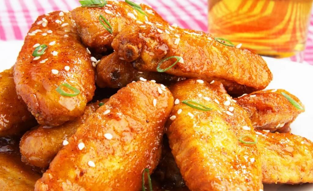 Как приготовить Куриные крылышки с лапшой