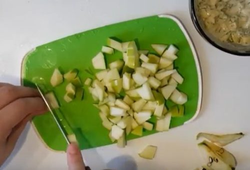 Картофельный салат с малосольной сельдью