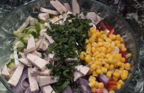 Очень вкусный салат «Весенний микс»