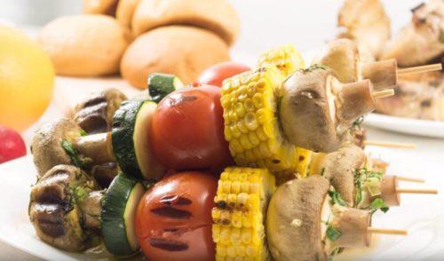 Овощной шашлык с кукурузой
