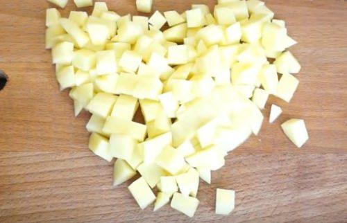 Сырный суп с мясными фрикадельками и шампиньонами
