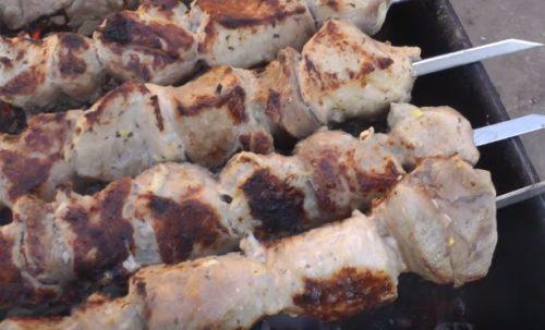 Кавказский маринад из лука и мацони для очень вкусного шашлыка