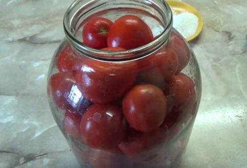 помидоры быстрого приготовления в банке с хреном