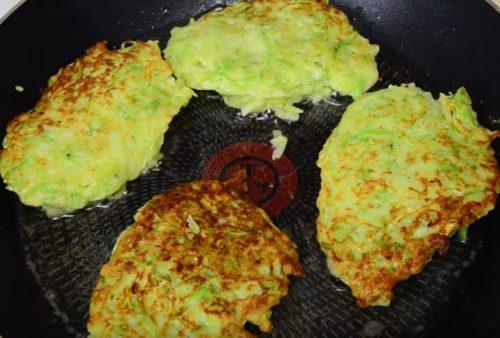 Самый простой рецепт оладий из кабачков — классический