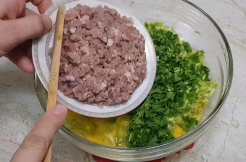 Сытные и вкусные оладьи из кабачков с мясным фаршем