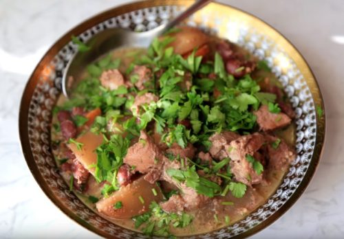 Мясо в горшочках с овощами и фасолью — кавказский рецепт