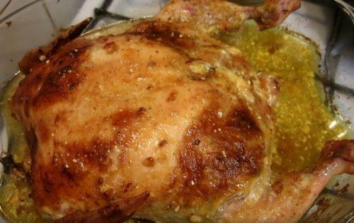 Курица, фаршированная картофелем и грибами