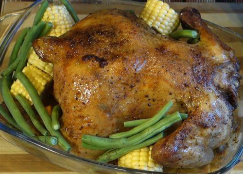 Курица, фаршированная тыквой и беконом