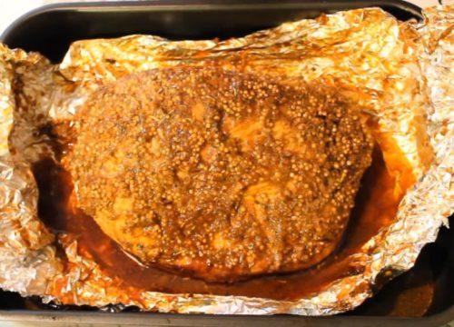 Вкусная и пряная буженина из филе индейки