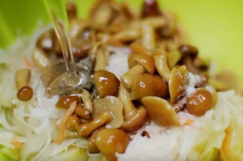 Постный салат с грибами на Новый год