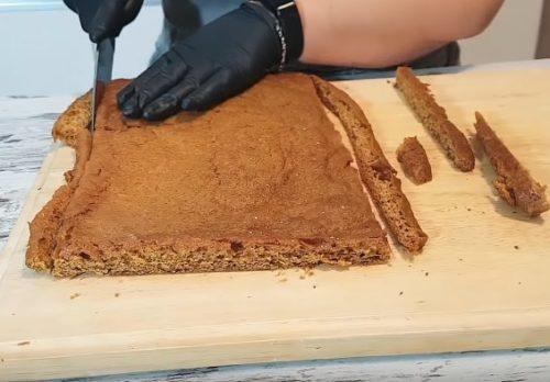 Простой домашний медовый торт со сметанным кремом