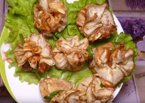 Рецепт ароматных блинов с мясом, грибами и пряными травами