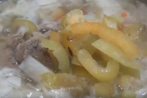 Простые и вкусные щи со свининой