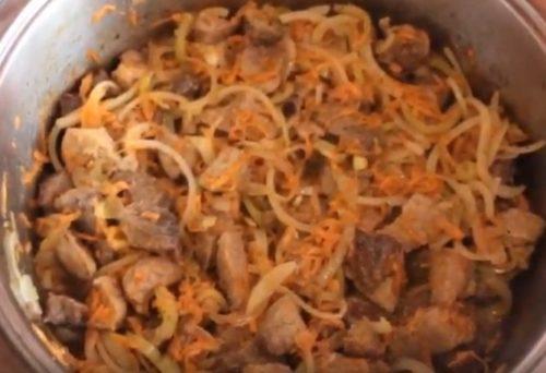 Готовим простой гуляш из свинины без помидоров и томатной пасты