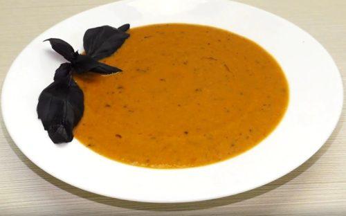 Простой итальянский суп пюре из помидоров