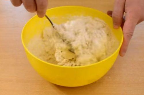 Простой рецепт сдобных булочек с сахаром