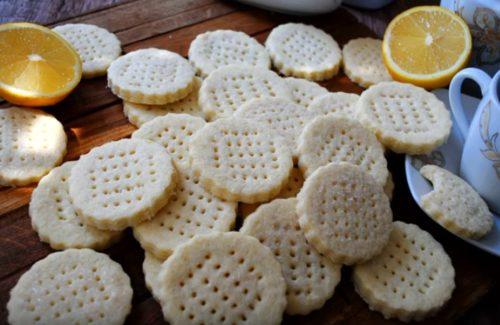 Швейцарское песочное печенье с сахаром