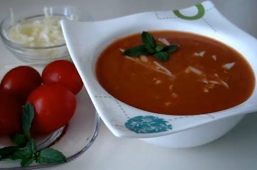 Турецкий томатный суп пюре с сыром