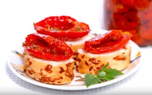 Очень вкусные запеченные помидоры по-провански