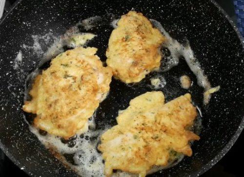 Как приготовить нежное куриное филе в сырном кляре