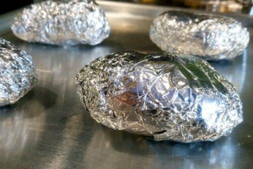 Запеченная картошка в духовке с сыром – тонкости и особенности приготовления: рецепт с фото